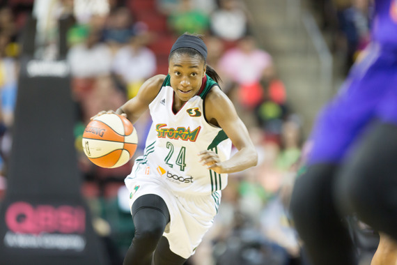 Jewell Loyd rushes down court late in the fourth quarter. (Neil Enns/Storm Photos)